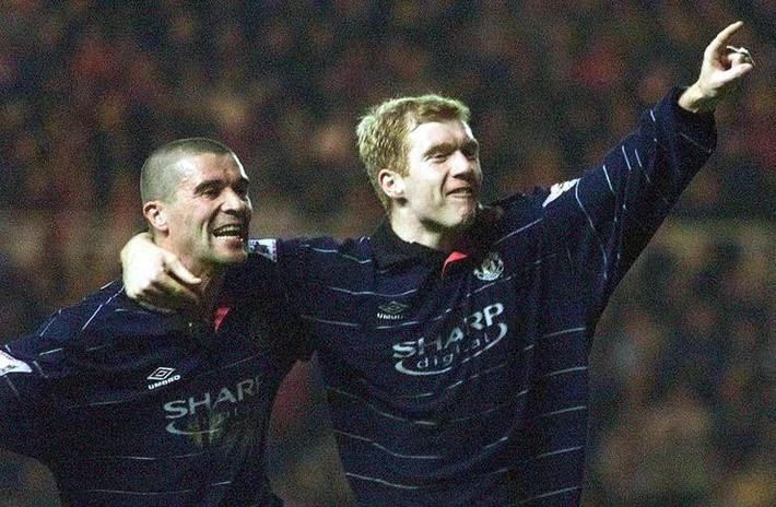Sir Alex buông 7 chữ phũ phàng, Man United suýt mất tiền vệ xuất sắc nhất mọi thời đại - Ảnh 9.