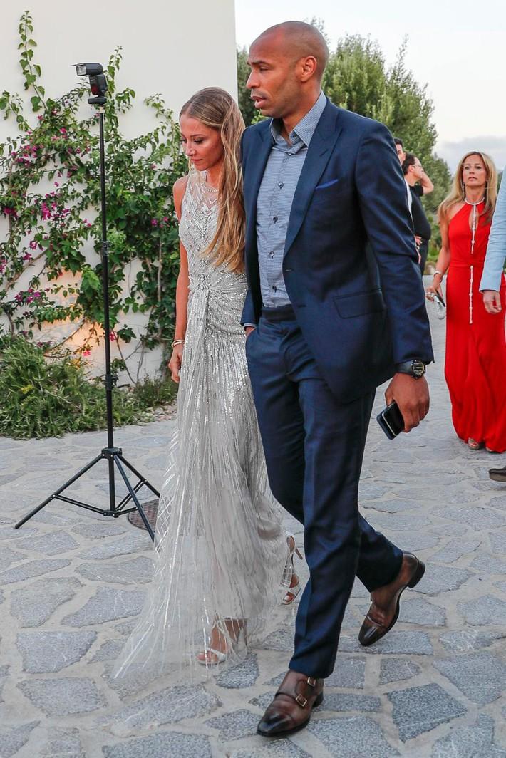 Fabregas đãi tiệc cưới, Messi và hàng loạt ngôi sao bóng đá đến chúc mừng - Ảnh 12.