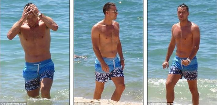 Vợ John Terry diện bikini bốc lửa trên bãi biển Bồ Đào Nha  - Ảnh 5.