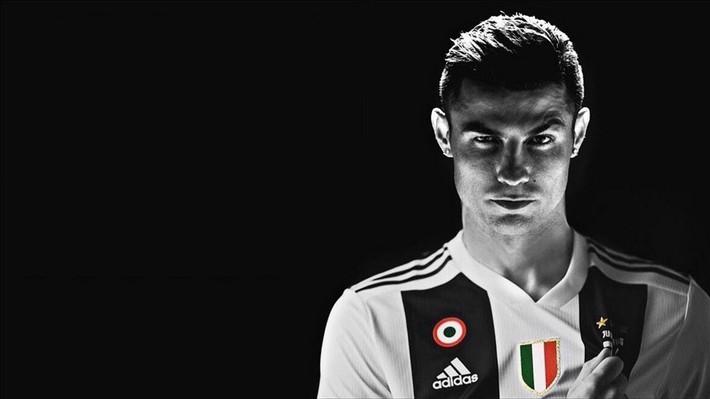 Higuain làm nền cho Ronaldo: Một lần và mãi mãi - Ảnh 1.