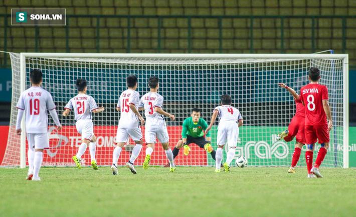 Văn Toàn sút tung lưới U23 Syria ở phút 108, đưa U23 Việt Nam vào bán kết - Ảnh 1.