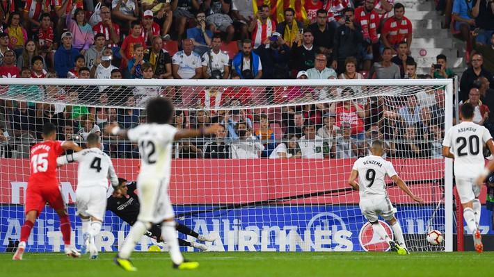 Vắng Ronaldo, Real Madrid tìm được thánh ăn vạ khác để lội ngược dòng thành công - Ảnh 3.