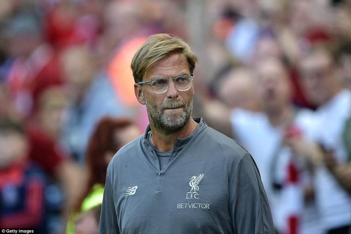 Sau màn vùi dập Man United, Liverpool dìm thêm Á quân Serie A trong mưa bàn thắng - Ảnh 4.