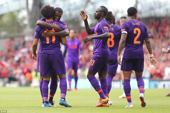 Sau màn vùi dập Man United, Liverpool dìm thêm Á quân Serie A trong mưa bàn thắng - Ảnh 7.