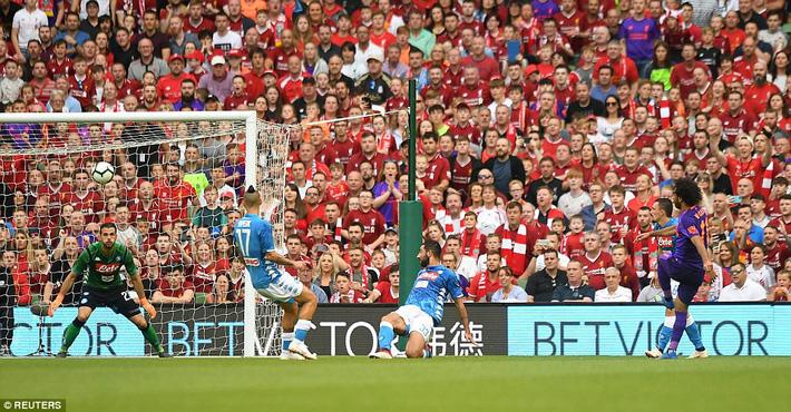 Sau màn vùi dập Man United, Liverpool dìm thêm Á quân Serie A trong mưa bàn thắng - Ảnh 9.