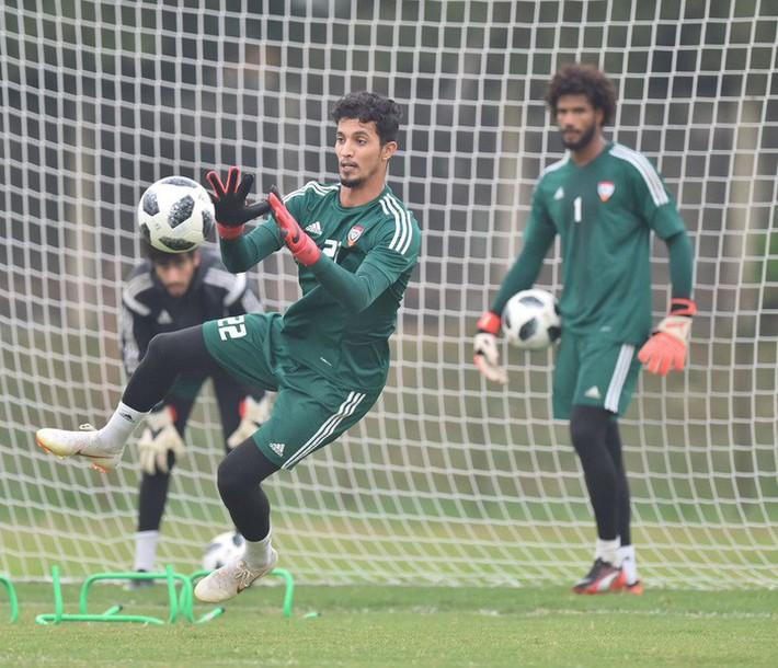 U23 UAE tập kỹ penalty, tự tin giành tấm HCĐ tại ASIAD - Ảnh 4.