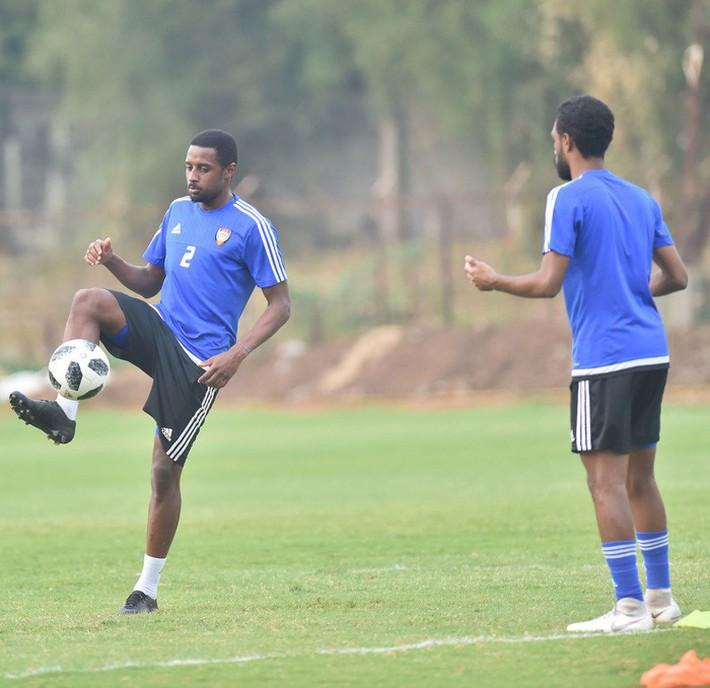 U23 UAE tập kỹ penalty, tự tin giành tấm HCĐ tại ASIAD - Ảnh 6.