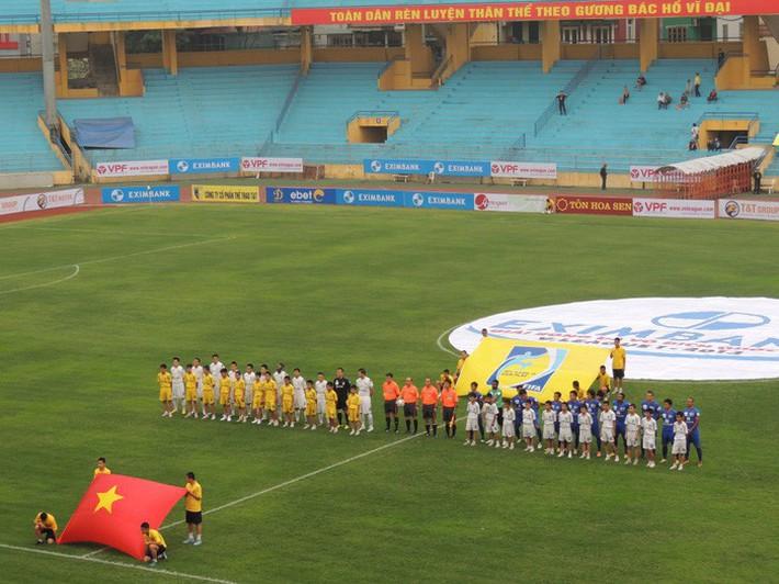 Hà Nội FC, chức vô địch V-League và những thứ không thể mua được bằng tiền - Ảnh 1.