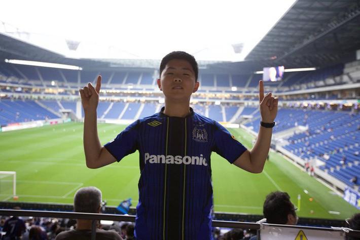 Ảnh đời thường của Lee Young Sub - trợ lý phiên dịch của HLV Park Hang Seo - Ảnh 3.