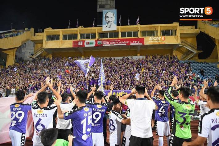 Hà Nội FC, chức vô địch V-League và những thứ không thể mua được bằng tiền - Ảnh 4.