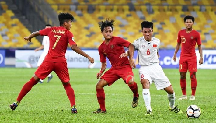 Chỉ trích U16 Việt Nam, còn ai nhớ U23 Việt Nam rũ bùn đứng dậy? - Ảnh 2.