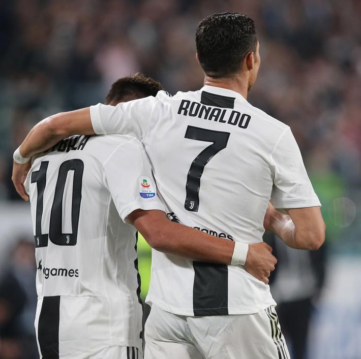 Ronaldo khiến cổ động viên Juve phát cuồng trong ngày dính nghi án hiếp dâm - Ảnh 3.