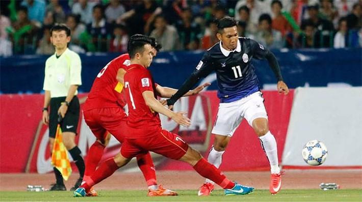 'Messi Campuchia' và Công Phượng trở về từ J-League - Ảnh 3.
