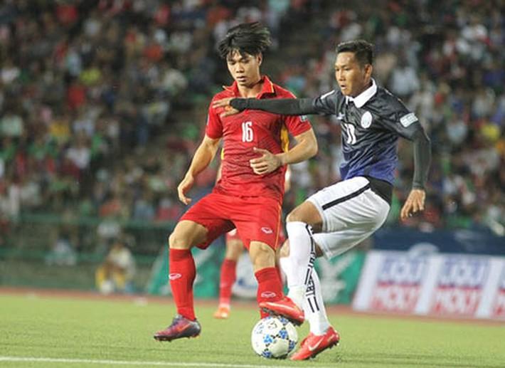 'Messi Campuchia' và Công Phượng trở về từ J-League - Ảnh 4.