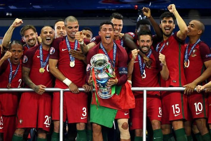 Từ Bồ Đào Nha đến UAE, Việt Nam liệu có là đội thứ 3 lập nên kì tích? - Ảnh 2.
