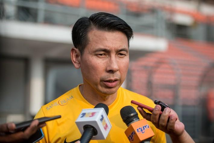 Gọi cầu thủ chấn thương đối đầu VN, HLV Tan Cheng Hoe nói gì? - Ảnh 2.