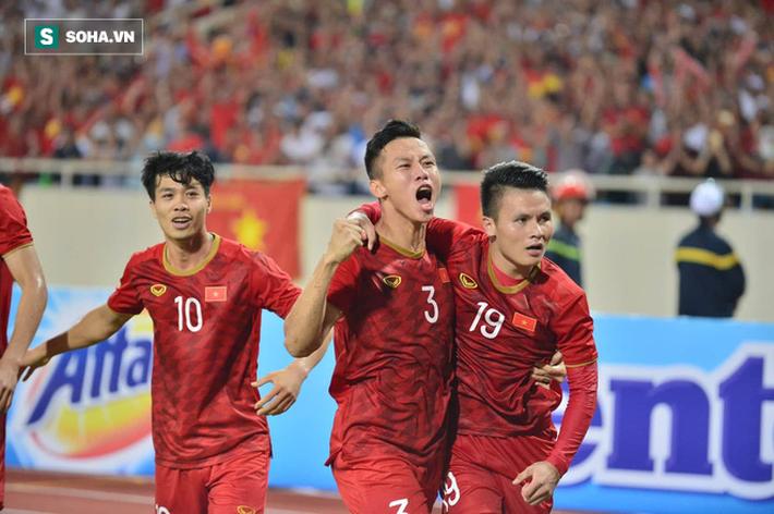 Chuyên gia Vũ Mạnh Hải: Từ giờ Malaysia gặp Việt Nam sẽ có ám ảnh đá là thua - Ảnh 1.