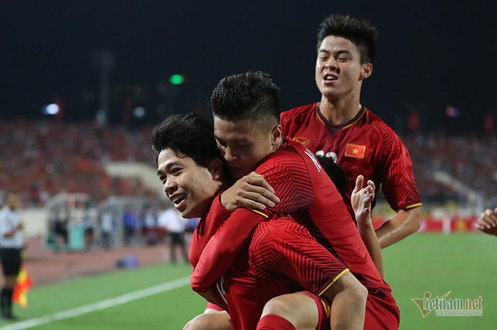 HLV Nguyễn Thành Vinh: Tuyển Việt Nam thắng Malaysia 1-0 - Ảnh 2.