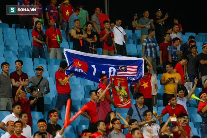Chuyên gia châu Á: Việt Nam cứ đá thế này, thì đến UAE cũng không phải là đối thủ - Ảnh 1.