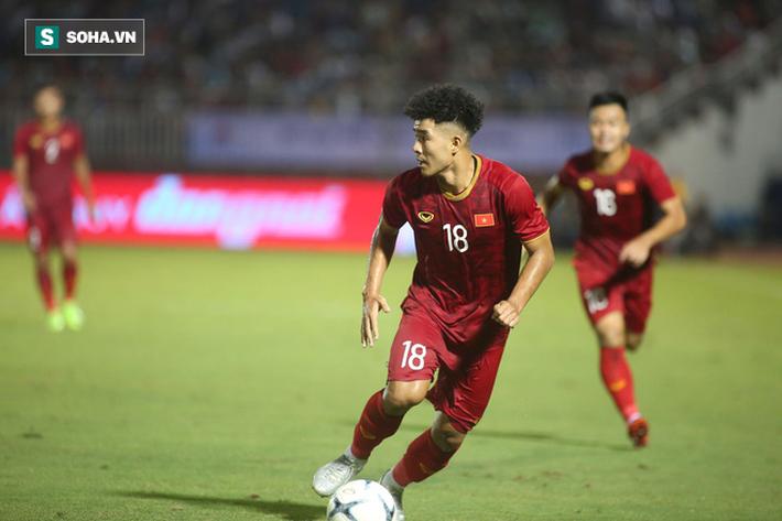 Sau màn hạ thủ U22 Trung Quốc, trò yêu của thầy Park xé lưới UAE báo tin vui - Ảnh 2.
