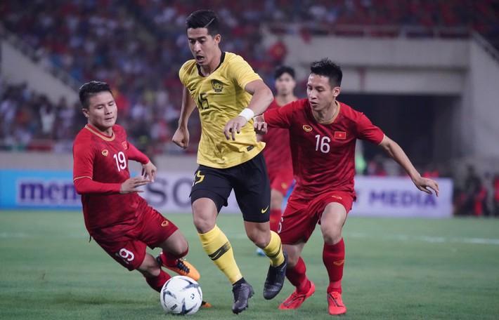 Phóng viên Malaysia tâm phục khẩu phục, chấm Việt Nam điểm A+ sau 2 chiến thắng ấn tượng - Ảnh 3.