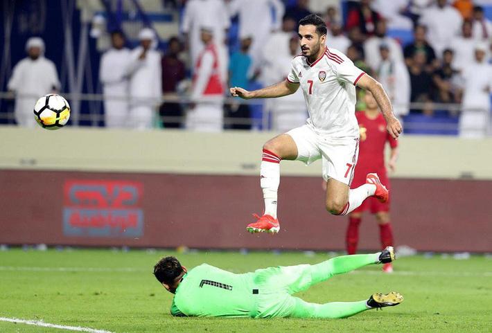Án treo giò của tuyển UAE mang lại niềm vui lớn thế nào cho HLV Park Hang-seo? - Ảnh 2.