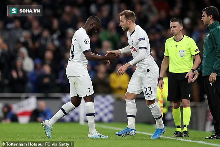 Tottenham gây sốc khi thảm bại 2-7 trên sân nhà, Real khiến CĐV thất vọng lớn - Ảnh 1.
