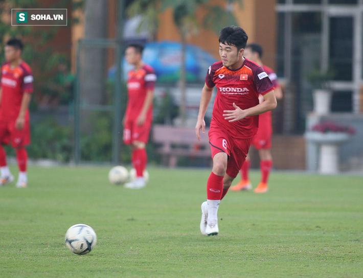 Nhân dịp sinh nhật bố, con trai thầy Park nói lời đặc biệt với CĐV Việt Nam và Xuân Trường - Ảnh 2.