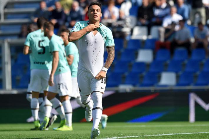 Lukaku chói sáng, Inter thắng siêu kịch tính - Ảnh 2.