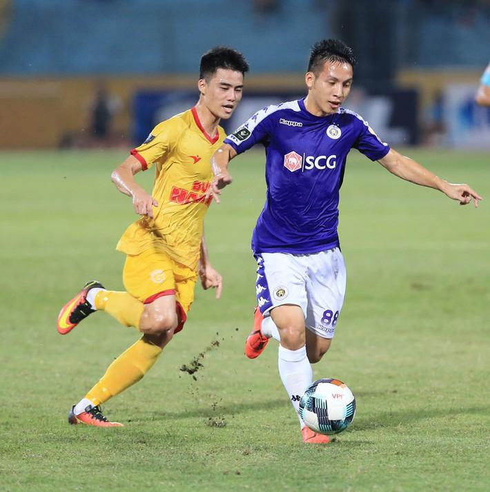 Tuyển thủ VN úp mở việc đầu quân Thai-League; Murray vô địch - Ảnh 4.