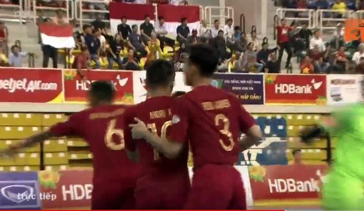 Indonesia gây áp lực cực lớn lên Việt Nam sau khi trút 8 bàn vào lưới Australia - Ảnh 1.