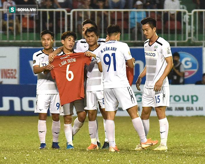 HAGL thắng tưng bừng, Thanh Hóa giành suất play-off nghẹt thở ở vòng cuối V.League - Ảnh 3.