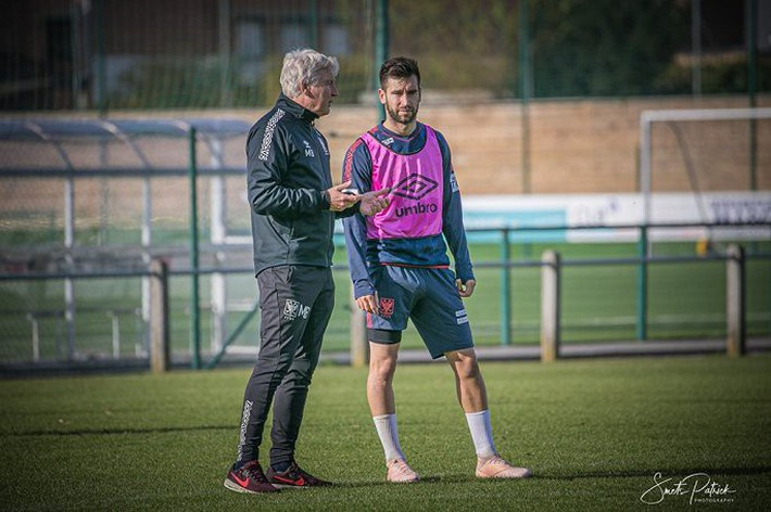 Công Phượng tập luyện trong mỏi mòn ngày ra sân ở Bỉ - Ảnh 6.
