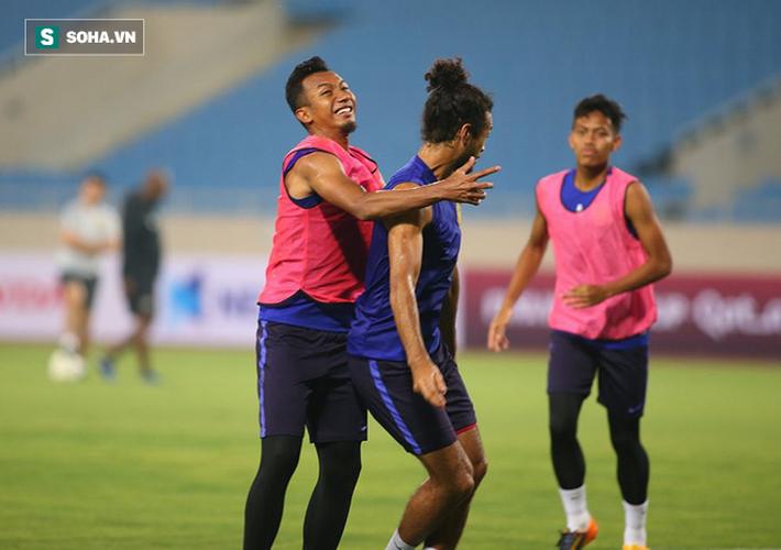 Rèn lại bài tập lạ từ AFF Cup, Malaysia chờ giăng bẫy ĐT Việt Nam tại Mỹ Đình - Ảnh 7.