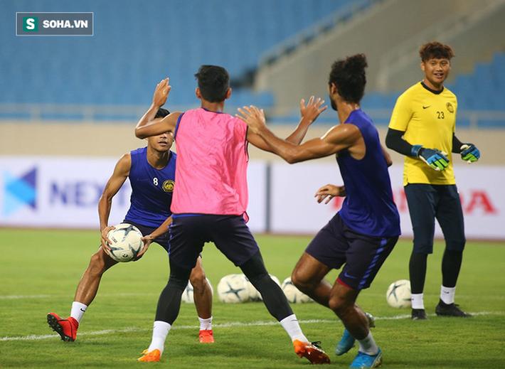 Rèn lại bài tập lạ từ AFF Cup, Malaysia chờ giăng bẫy ĐT Việt Nam tại Mỹ Đình - Ảnh 4.
