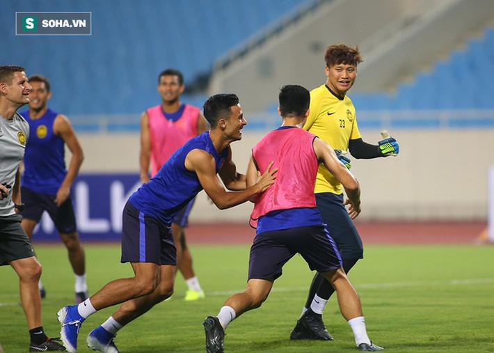 Rèn lại bài tập lạ từ AFF Cup, Malaysia chờ giăng bẫy ĐT Việt Nam tại Mỹ Đình - Ảnh 5.