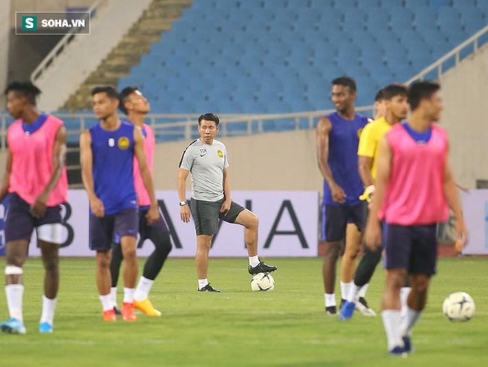 Rèn lại bài tập lạ từ AFF Cup, Malaysia chờ giăng bẫy ĐT Việt Nam tại Mỹ Đình - Ảnh 9.
