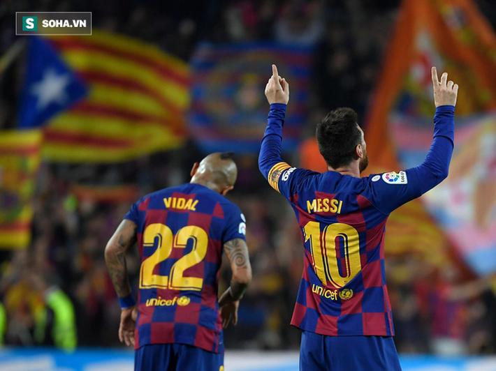 Messi vĩ đại chỉ cần có 6 phút để đánh bại Ronaldo, giật Quả bóng Vàng thứ 6 - Ảnh 3.