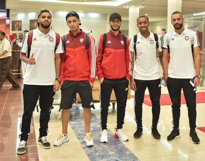 Nội bộ UAE lục đục ở Bangkok; Suphanat giải cứu U-19 Thái Lan - Ảnh 5.