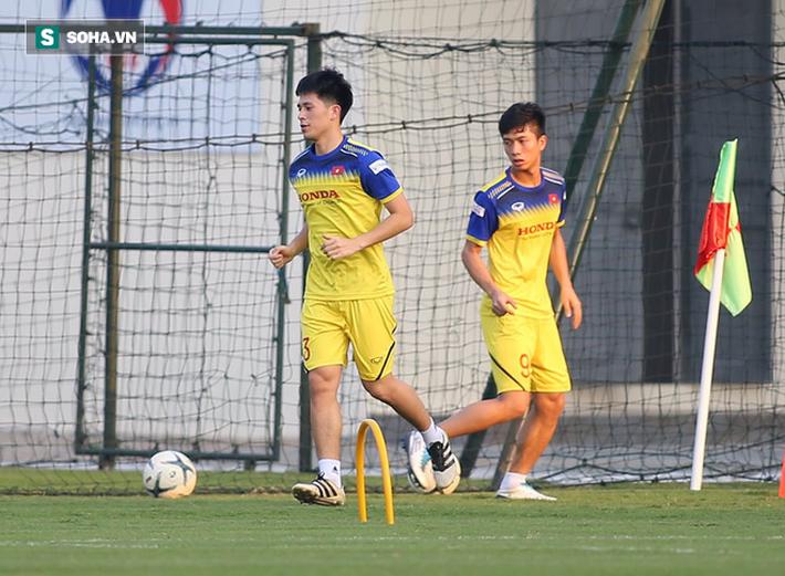 CHÍNH THỨC: Đình Trọng sẽ không cùng U22 Việt Nam tham dự SEA Games 30 - Ảnh 1.