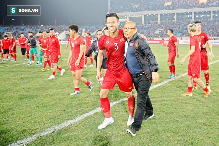 Ngôi sao Premier League vô tình giúp Việt Nam đạt cột mốc cao nhất trong 20 năm - Ảnh 2.