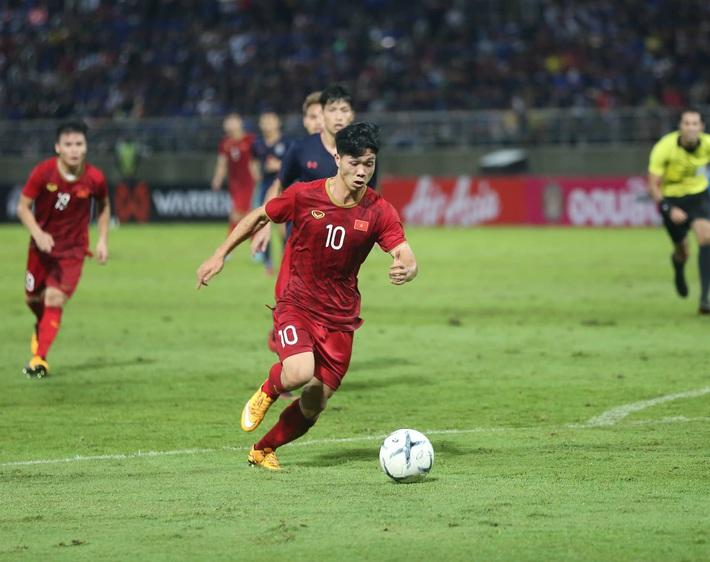 Công Phượng giờ về Việt Nam để được đá bóng là tốt rồi, không quan trọng HAGL hay đâu cả - Ảnh 2.