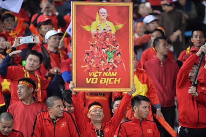 Ông Park sai lầm, nhưng là bởi sự thèm khát cháy bỏng của bóng đá Việt Nam - Ảnh 1.