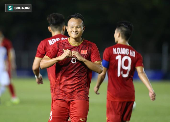 Cựu danh thủ Quốc Vượng: Trận thắng Lào không có gì ấn tượng về lối chơi cả! - Ảnh 2.