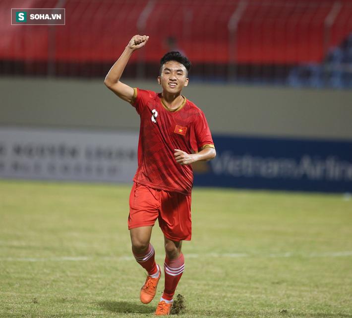 Thầy Park đến dự khán, U21 Việt Nam thua cay đắng trước đội vô địch Sinh viên thế giới - Ảnh 2.