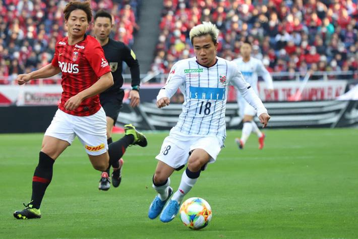 Ngôi sao Thái Lan được đội bóng Nhật Bản hỏi mua với mức giá gấp 11 lần Quang Hải - Ảnh 2.