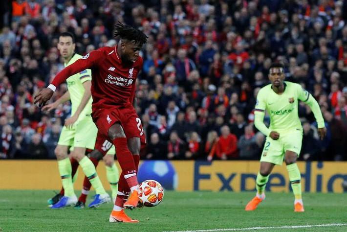 Tái hiện hình ảnh Man United thời Sir Alex, Liverpool đã làm như thế nào? - Ảnh 2.