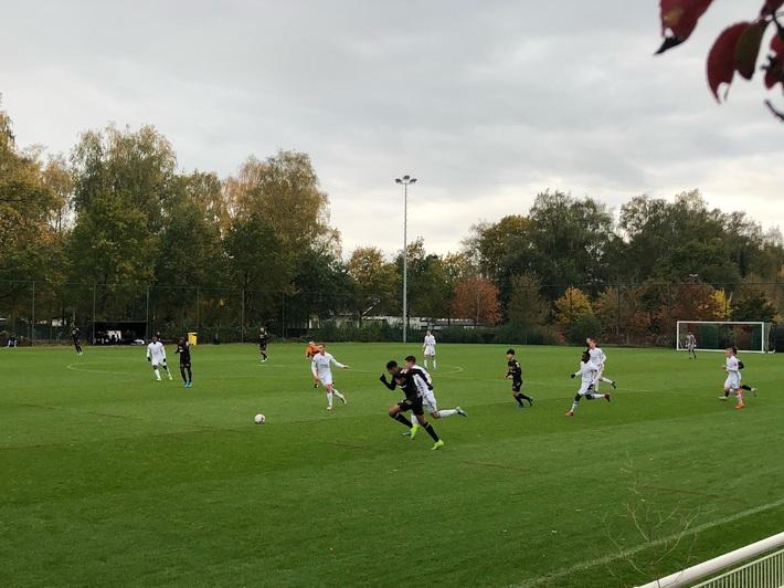Công Phượng đá chính, Sint Truidense thua sát nút đội hạng dưới - Ảnh 1.