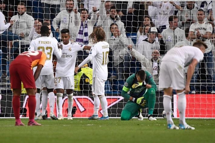 Rodrygo nổ hat-trick, Real Madrid vùi dập Galatasaray - Ảnh 10.