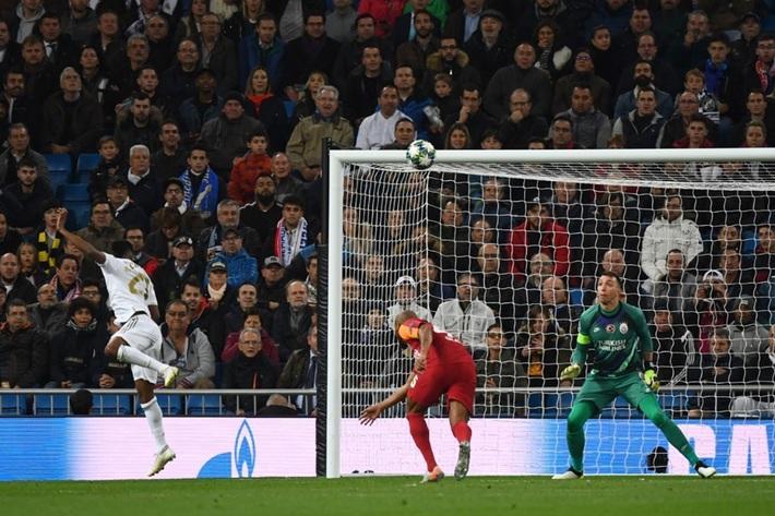 Rodrygo nổ hat-trick, Real Madrid vùi dập Galatasaray - Ảnh 2.